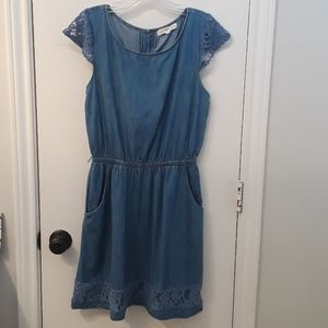 Chambray 'n Lace Casual Dress